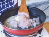 Ордьовър от аспержи със скариди и сварени яйца
