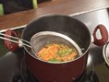Рибни кюфтенца с пикантен сос по шанхайски