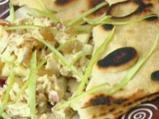 Индийска пита с пилешка салата