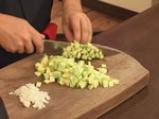 Пенне ригате с тиквички, пресни домати и маслини 2