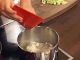 Пенне ригате с тиквички, пресни домати и маслини 3