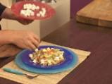 Пенне ригате с тиквички, пресни домати и маслини 8