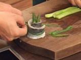 Руладини от лаврак с аспержи в шафранов бульон 7