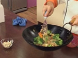 Нудълс с тофу и зеленчуци 10