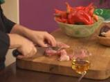 Свинско шиш кебап със сос от зелени домати