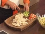 Зеленчукова салата с калмари и ризони 6