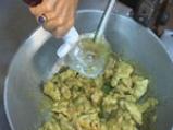 Пиле със зелено къри 3