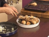 Пилешки кълки и лозови сармички с къри 8