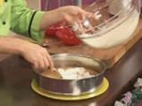 Медена торта с цедено кисело мляко и лимон 7
