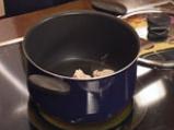 Пилешка яхния с маслини и нахут 2