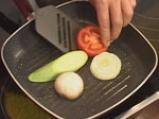 Гарнитура от картофени кейкчета с месо и зеленчуци 2