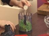 Скумрия в зелен сос и грахови тиганици 2