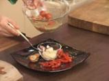 Салата от печени чушки, чери домати и мус от сирене 7