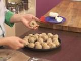 Картофени кюфтета с кайма и топено сирене 4