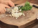 Домашен шницел с гъбен сос