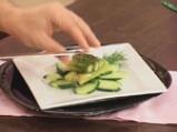 Салата от аспержи с краставици и пресен лук 5