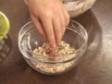 Ягодови топчета с бадеми и шоколад 5