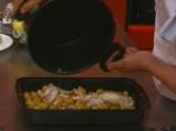 Пикантни картофи с доматена салца 2