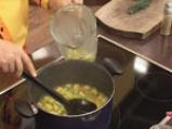 Студена супа от тиквички с дъх на сусам 5