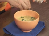 Студена супа от тиквички с дъх на сусам 9