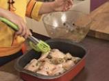 Пилешки бутчета със зелени маслини и фурми 8