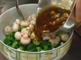Мариновани броколи с печурки 3