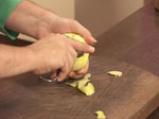 Крем брюле с малини и ябълки
