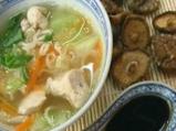 Китайска пилешка супа със зеле