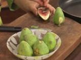 Карамелизирани смокини с лимоново мляко