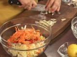 Пилешко руло със спанак и гъбен сос 2