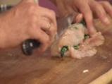 Пилешко руло със спанак и гъбен сос 7