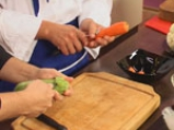 Пангасиус със спанак и зеленчуци на пара