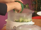 Пангасиус със спанак и зеленчуци на пара 4