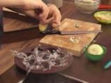 Салата от целина с пъдпъдъчи яйца 5