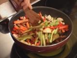 Пиле със зеленчуци а ла Глория 5