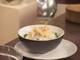 Китайска супа с оризово фиде