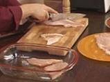 Бяла риба с доматен сос и ароматна коричка