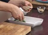 Пилешка салата с фъстъчен дресинг и аспержи 8