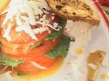 Спаначена салата със сирене и малинов...