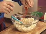 Пиперени фунийки със сирене и зелени чушки 2