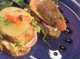Картофен сандвич с пушена сьомга