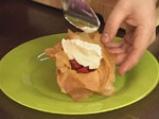 Тарт от точени кори с ягоди 4