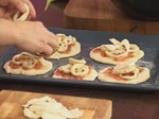 Парти пица с калмари 7