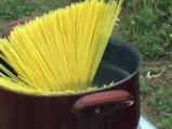 Спагети по моряшки