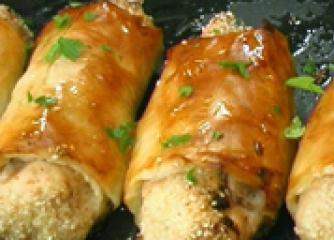 Сусамови пилешки рулца