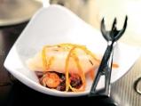 Риба пангасиус с карамелизиран лук и ...