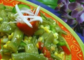 Царевична салата със зелен фасул
