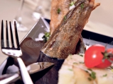 Риба на тиган с картофена салата и ви...