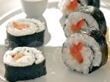 Суши с домашно маринована сьомга