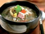 Супа от морски дарове и царевица